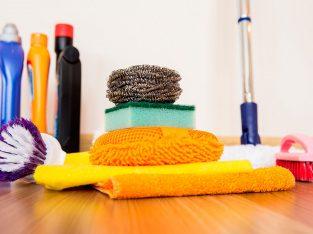 Custode Housekeeper Available