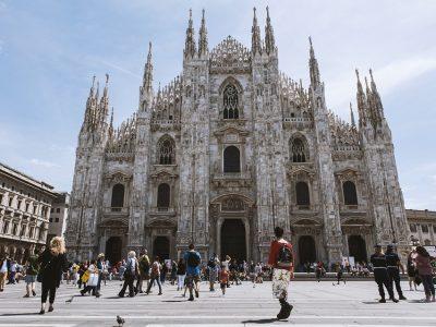 Easy Milano – What's goin' on November 2019