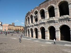 Arena-di-Verona-12-300×225[1]