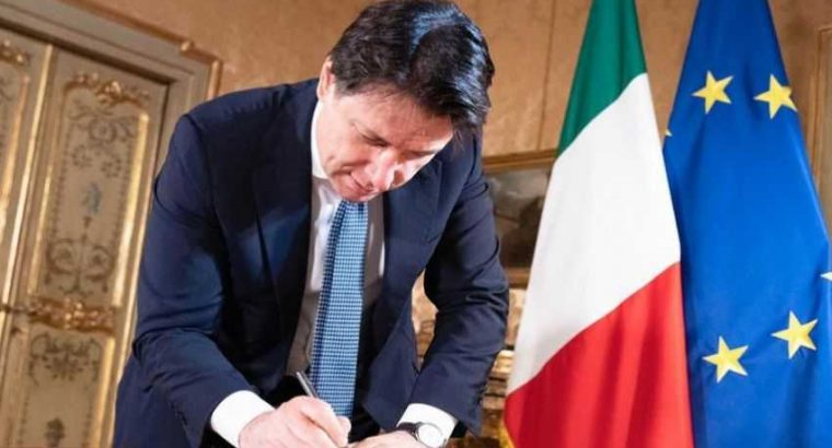"Prime Minister Conte signs decree to kick off phase two: ""If you love Italy, keep your distance"""