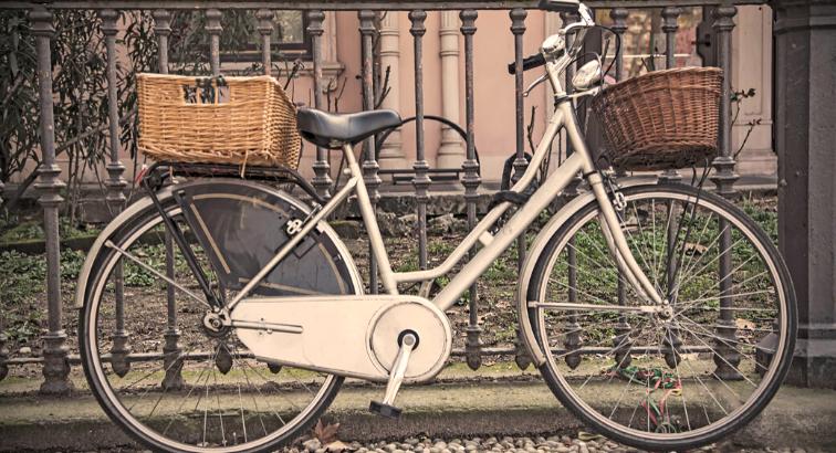 em_cover_bike-friendly-milan