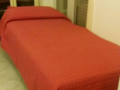 Bed is available for female