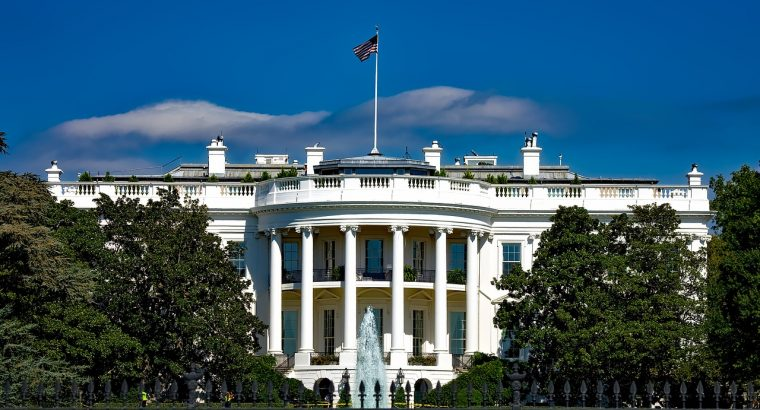 the-white-house-1623005_1280