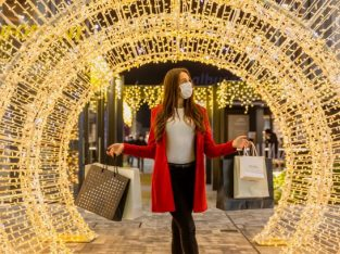 Christmas Gift Shopping at Scalo Milano Outlet & More