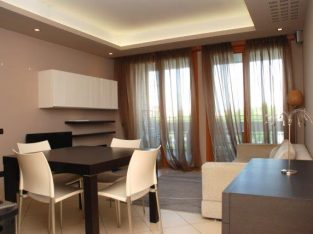 A beautiful 2-bedroom apartment near Bocconi Univ.
