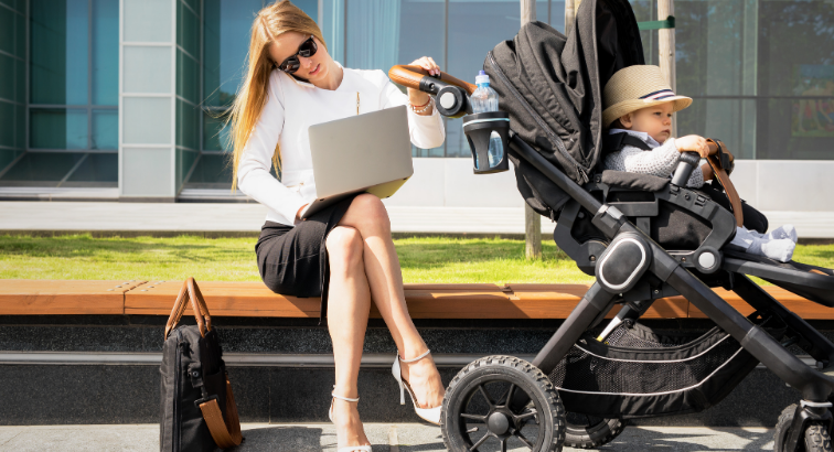 Whether a mother works has little impact on their child's behavior