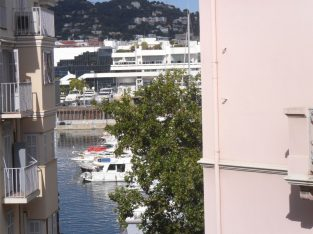 Cannes-Come for a short break without tourists!!