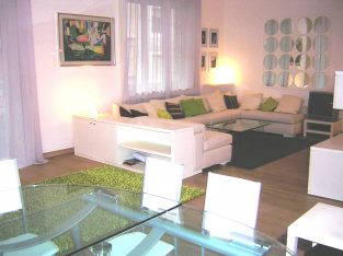 LUXURY APARTMENT in the CENTER of Milan